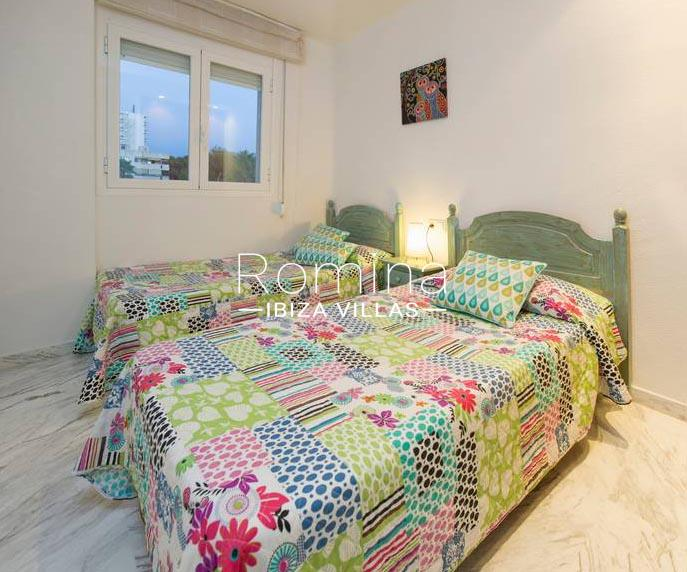 romina-ibiza-villas-rv-743-01-apto-calita-4bedroom2
