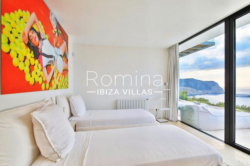 romina-ibiza-villas-rv-744-01-villa-deus-4bedroom sea view
