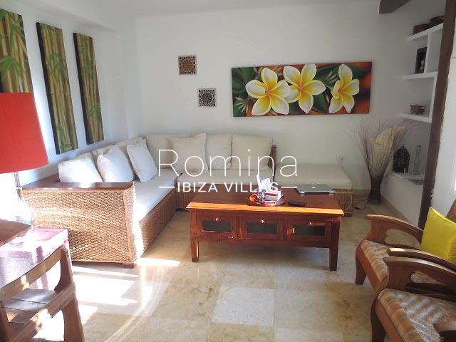 romina-ibiza-villas-rv-745-01-casa-gina-3living room