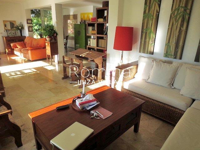 romina-ibiza-villas-rv-745-01-casa-gina-3living room2