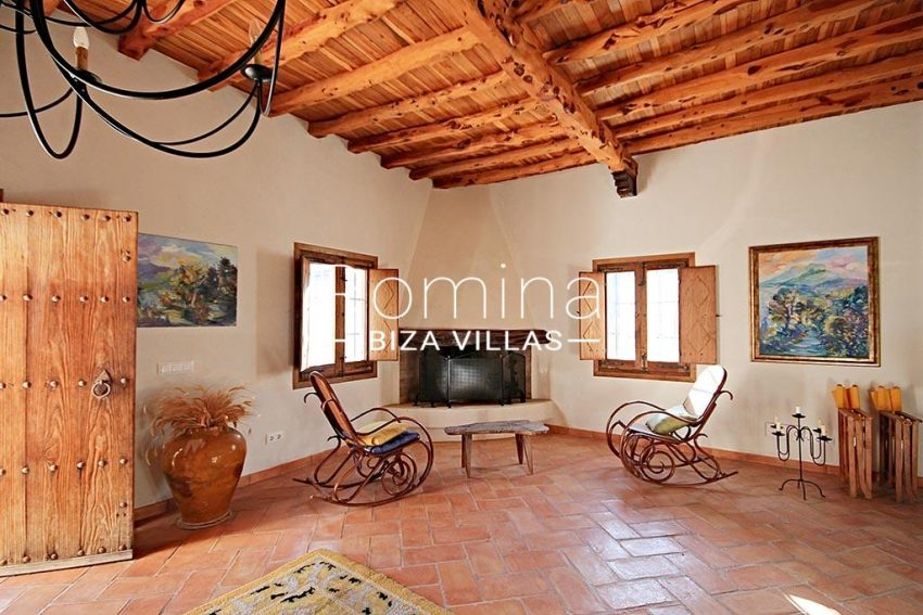 romina-ibiza-villas-rv-746-55-can-haya-3living room fireplace2