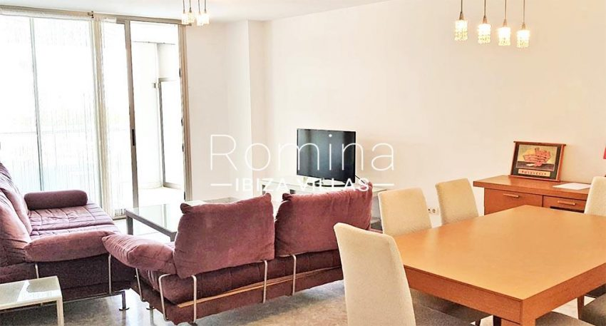 romina-ibiza-villas-rv734-apto-miramar-paseo1-3living dining room2