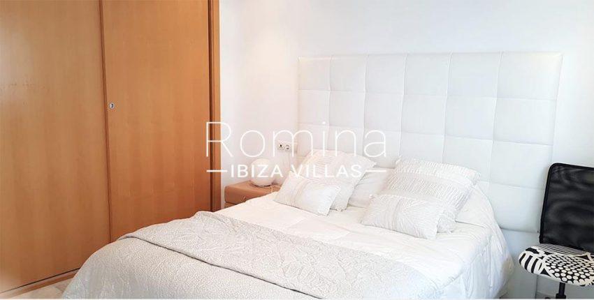romina-ibiza-villas-rv734-apto-miramar-paseo1-4bedroom1bis