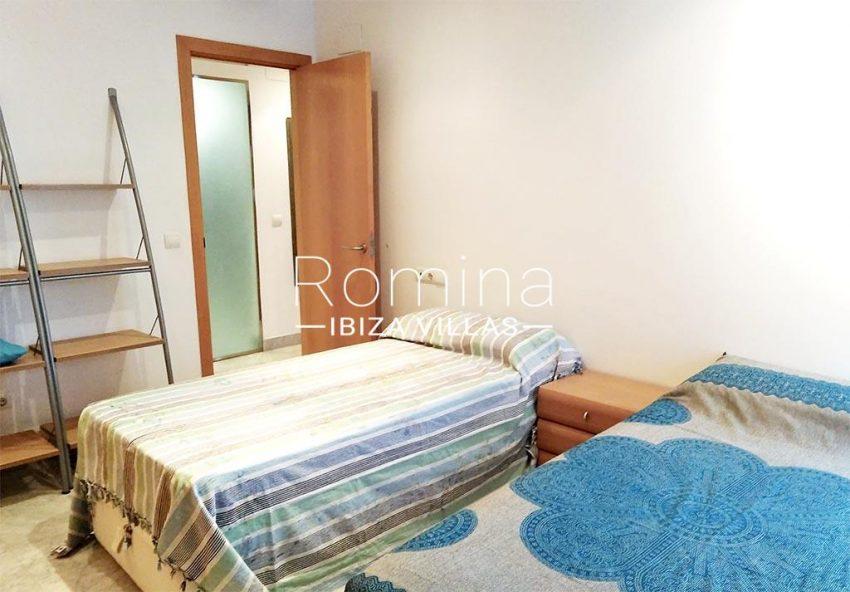 romina-ibiza-villas-rv734-apto-miramar-paseo1-4bedroom2bis
