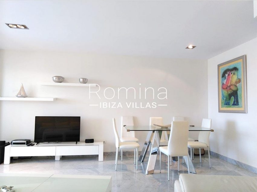 romina-ibiza-villas-rv735-apto-miramar-paseo 2-3zdining area2