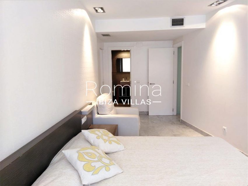 romina-ibiza-villas-rv735-apto-miramar-paseo 2-4bedroom1
