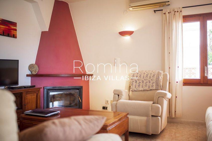 romina-ibiza-villas- rv-751-48- casa-lavanda-3living room