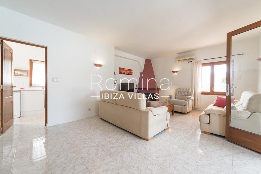 romina-ibiza-villas- rv-751-48- casa-lavanda-3living room fireplace2