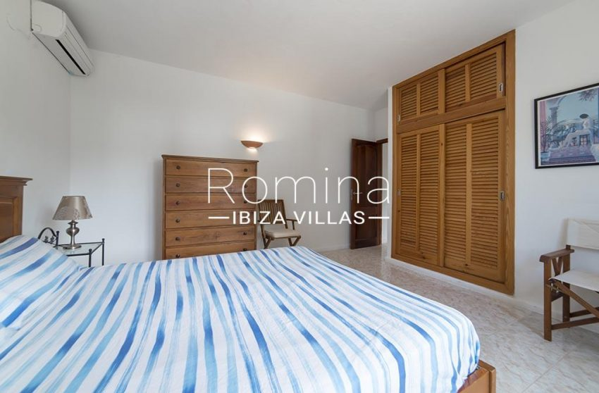 romina-ibiza-villas- rv-751-48- casa-lavanda-4bedroom2