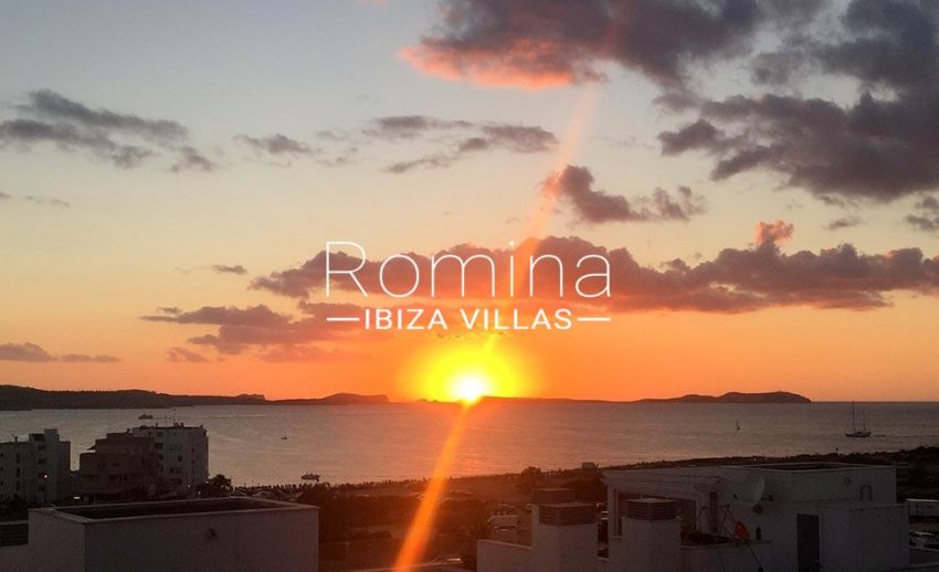 romina-ibiza-villas-rv-752-55-apto-solis-1sunset3