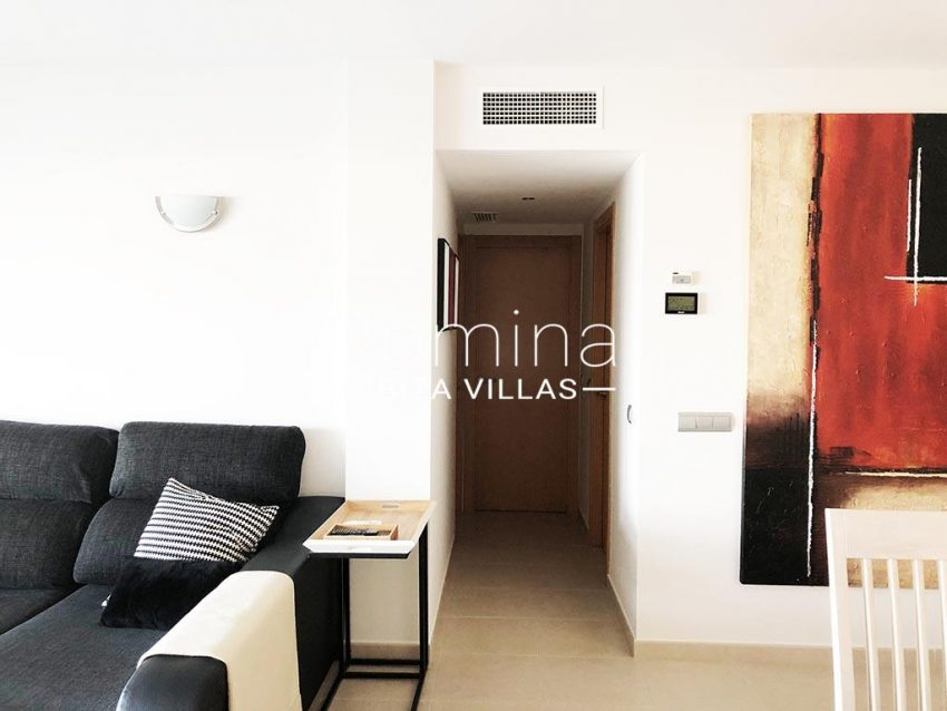 romina-ibiza-villas-rv-752-55-apto-solis-23entrance door livingroom