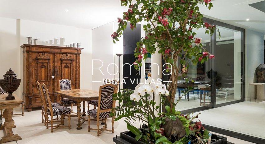 romina-ibiza-villas- rv-753-27-villa-atenea-3zdining room