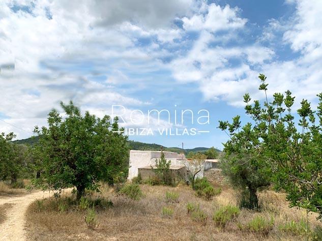 romina-ibiza-villas-rv-754-81-can-villam-2rear facade