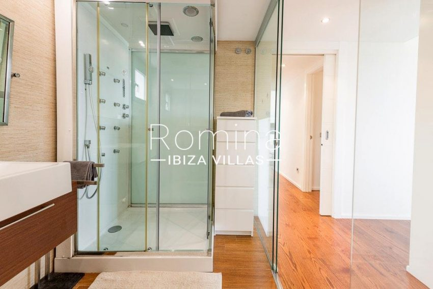 romina-ibiza-villas-rv-758-47-atico-floris-5shower room1ter