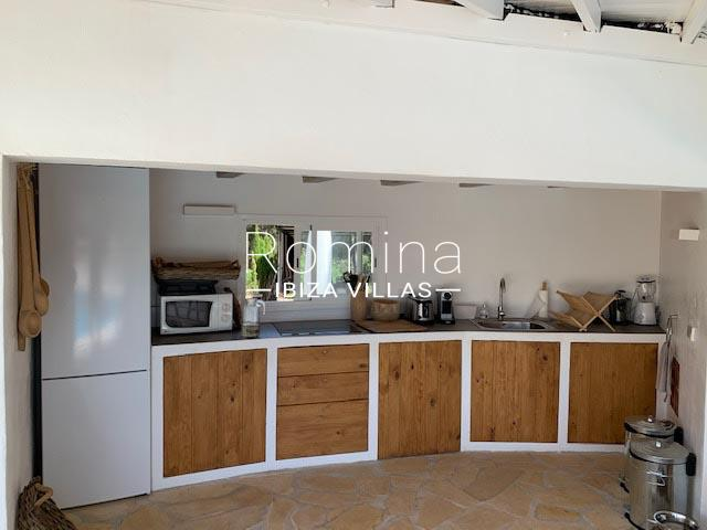romina-ibiza-villa-rv-764-81-villa-origan-2outdoor kitchen