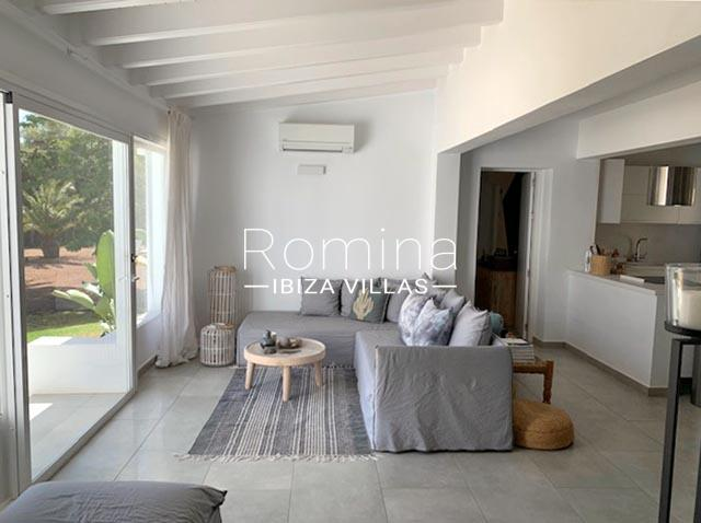 romina-ibiza-villa-rv-764-81-villa-origan-3living room3 kitchen