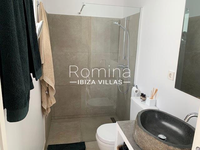 romina-ibiza-villa-rv-764-81-villa-origan-5shower room