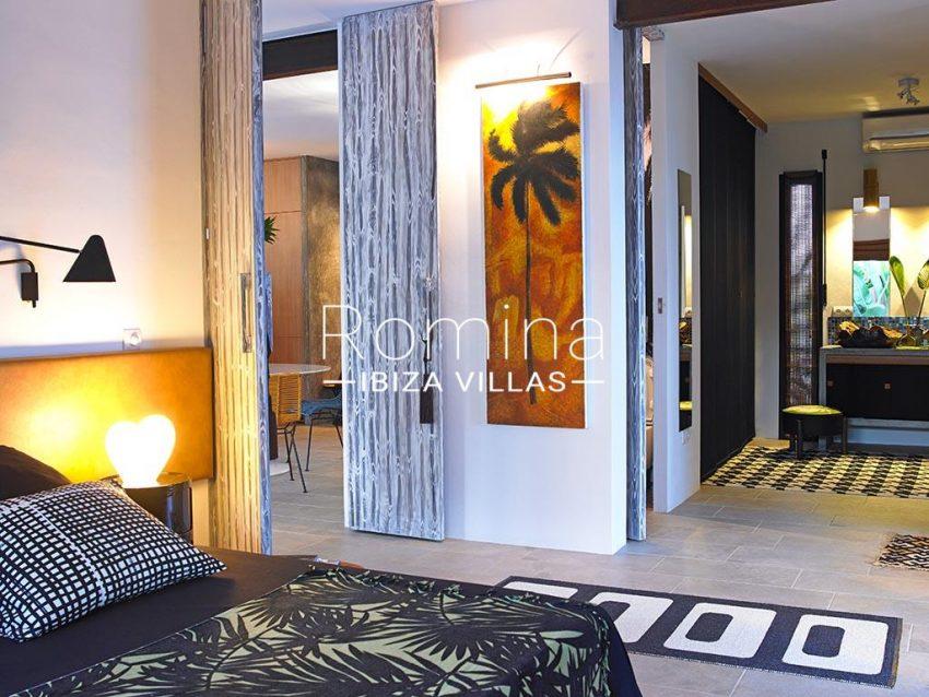 romina-ibiza-villas-rv-760-54-villa-tiki-4master bedroom