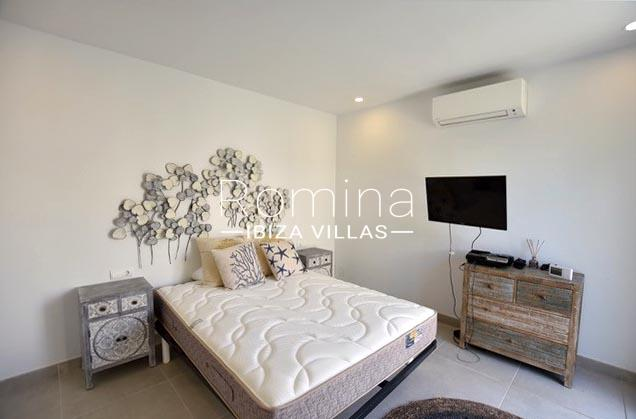 romina-ibiza-villas-rv-761-54-villa-maya-4bedroom1