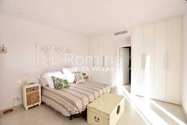 romina-ibiza-villas-rv-761-54-villa-maya-4bedroom2