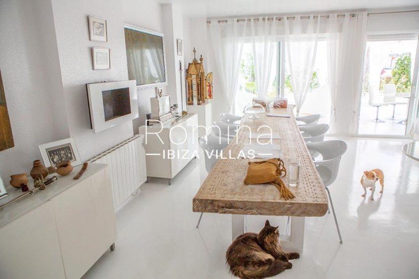 romina-ibiza-villas-rv-767-11-apto-alba-3zdining area