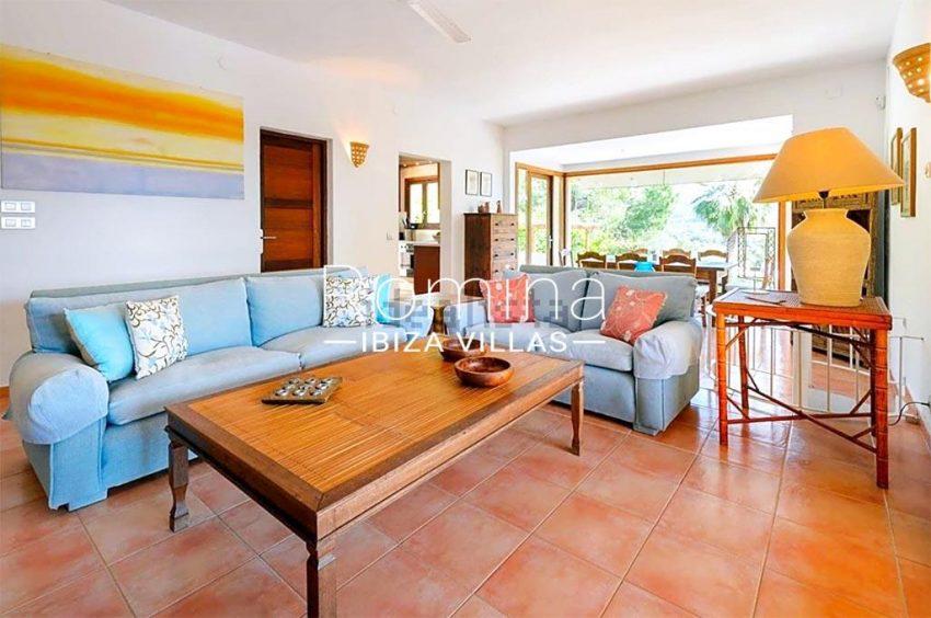 romina-biza-villas-rv-775-51-villa-sarga-3living dining room