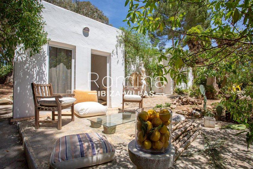 romina-ibiza-villas-rv-722-51-villa-denver-2garden terrace