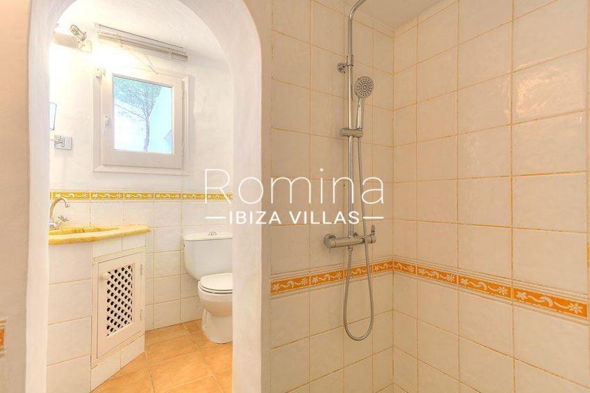 romina-ibiza-villas-rv-722-51-villa-denver-5shower room
