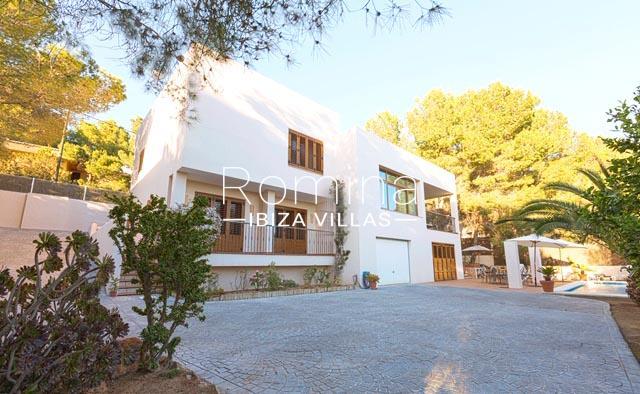 romina-ibiza-villas-rv-770-51-villa-akala-2entrqnce facade