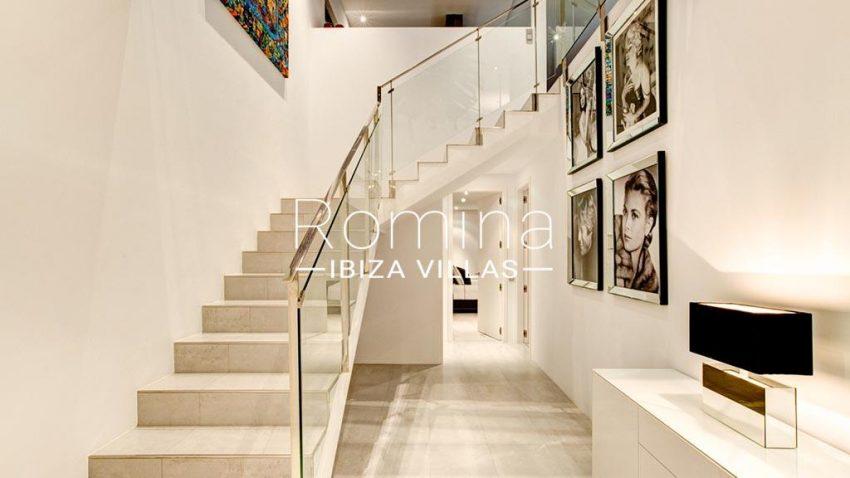 romina-ibiza-villas-rv-771-79-villa-calista-3zstaircase