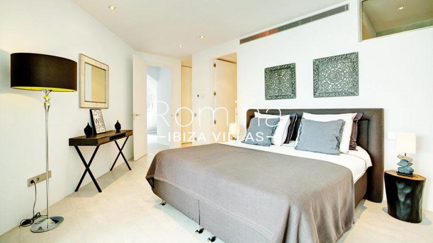 romina-ibiza-villas-rv-771-79-villa-calista-4bedroom2