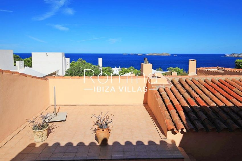 romina-ibiza-villas-rv-773-01-villa-capri-1upper terrace sea view