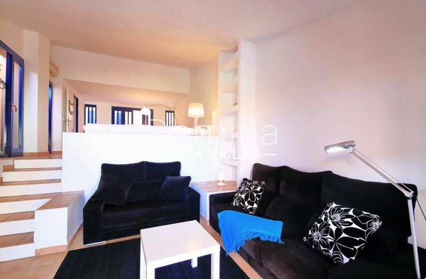 romina-ibiza-villas-rv-773-01-villa-capri-3sitting room