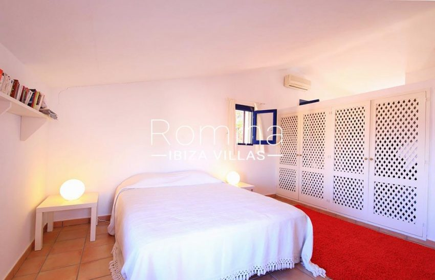 romina-ibiza-villas-rv-773-01-villa-capri-4bedroom3