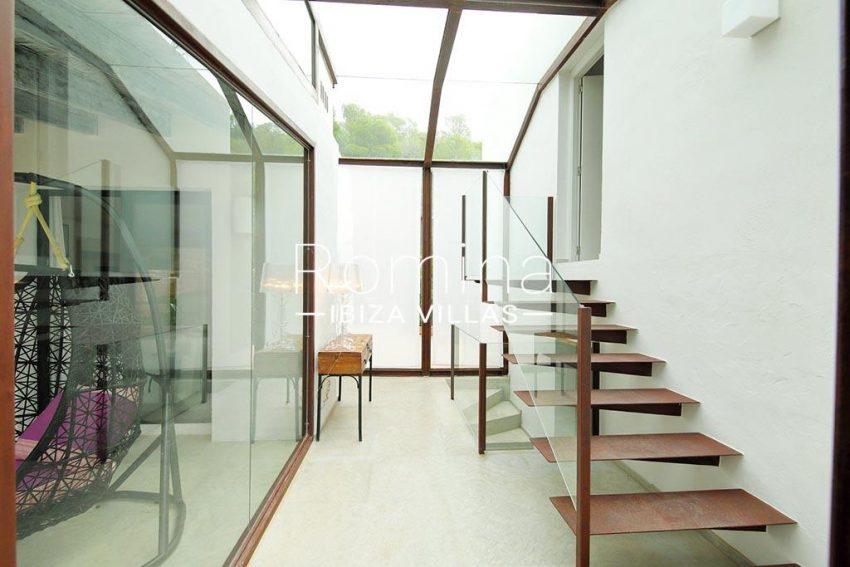 romina-ibiza-villas-rv-777-11-can-halia-3glass hall2