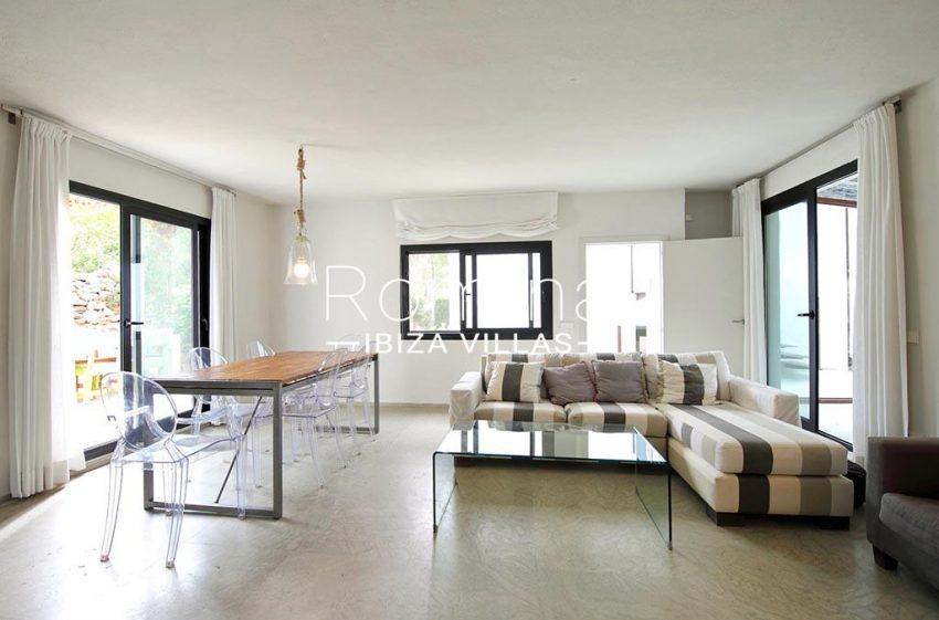 romina-ibiza-villas-rv-777-11-can-halia-3living dining room