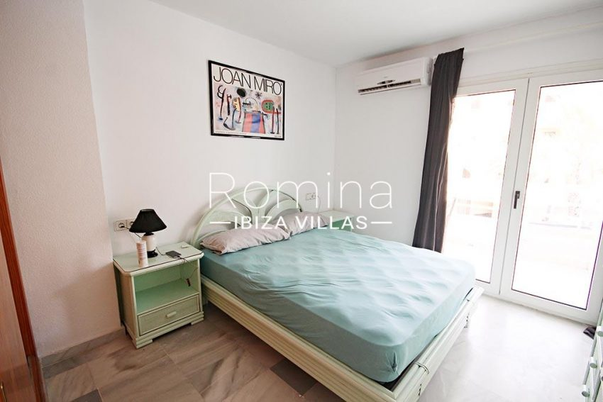 romina-ibiza-villas-rv-779-55-apto-isis-4bedroom2