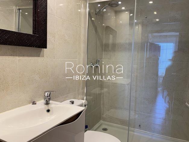 romina-ibiza-villa-rv-780-81-apto mina-5bathroom