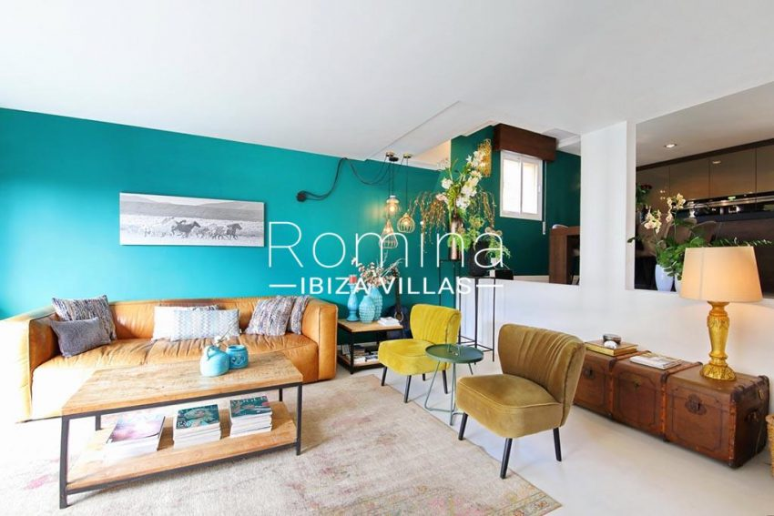 romina-ibiza-villas-rv-801-02-adosado-cosima-3livingroom2