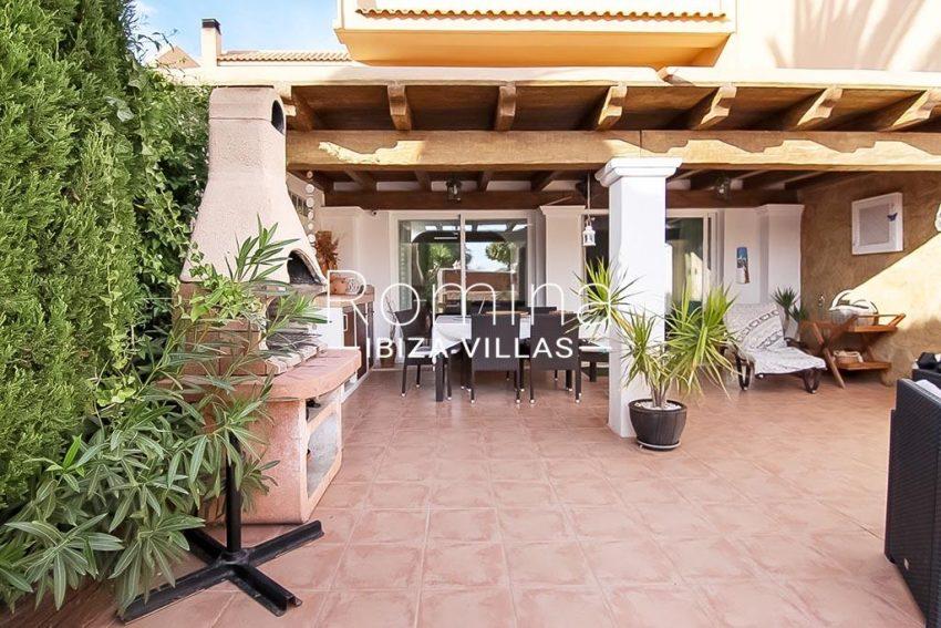romina-ibiza-villas-rv-807-51-adosado-kaula-2facade porch