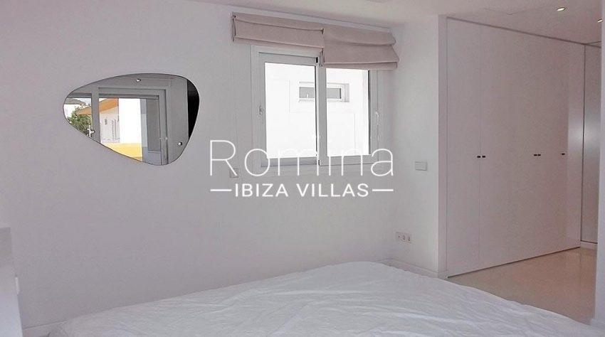 romina-ibiza-villas-rv-810-55-adosado-moderno-4bedroom1