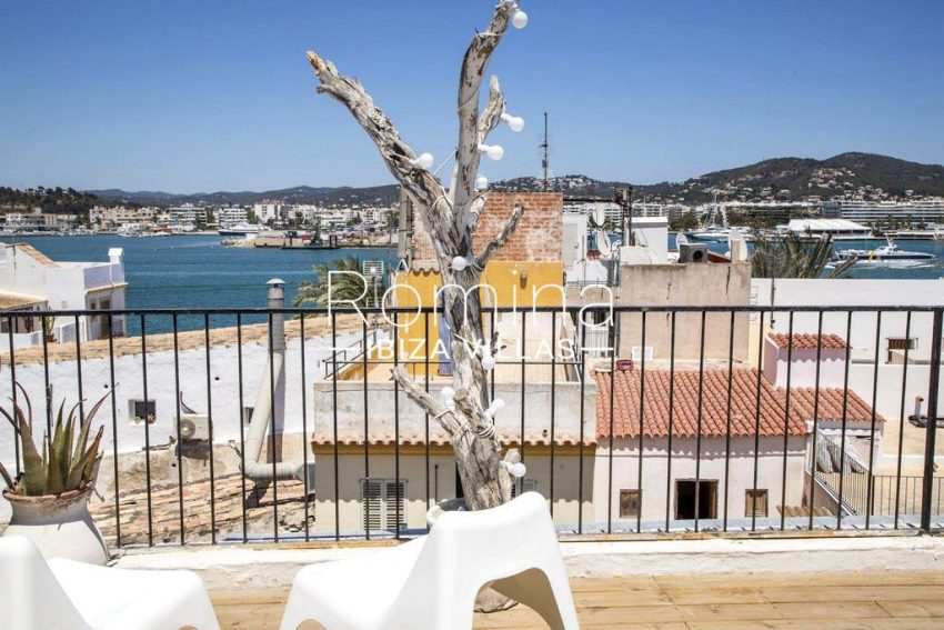 romina-ibiza-villas-rv-811-62-apto-paradiso-1roof terrace sea view