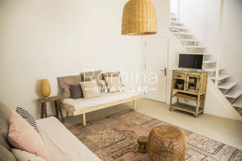 romina-ibiza-villas-rv-811-62-apto-paradiso-3living room stairs