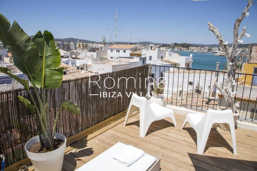 romina-ibiza-villas-rv-811-62-apto-paradiso-roof terrace sea view2