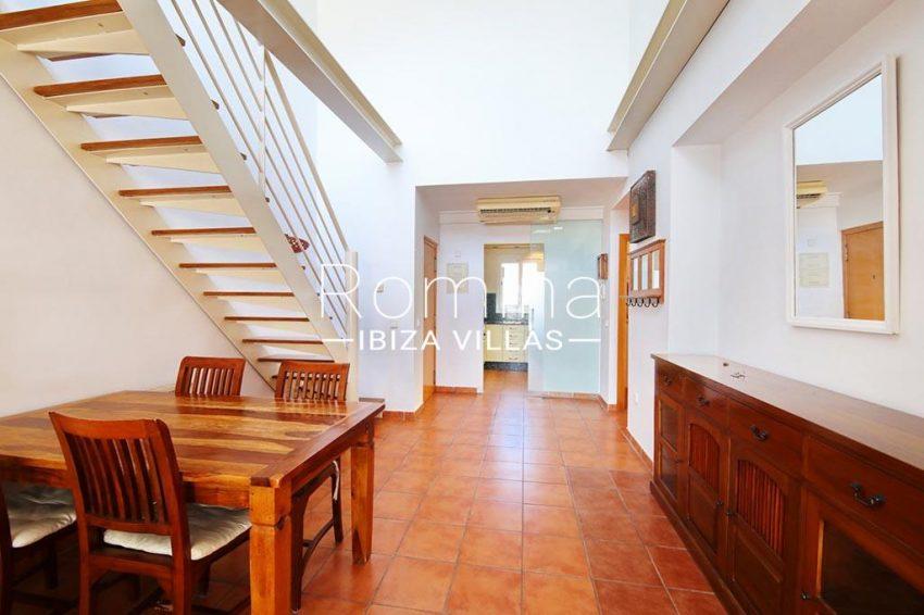 romina-ibiza-villas-rv-819-01-atico-jesus-m-3zdining room stairs2