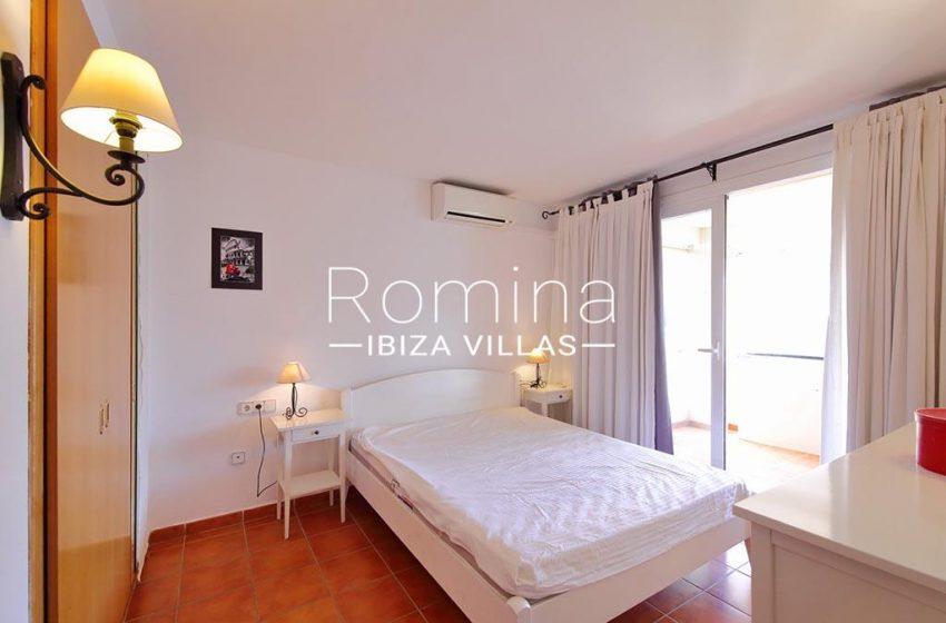 romina-ibiza-villas-rv-819-01-atico-jesus-m-4bedroom