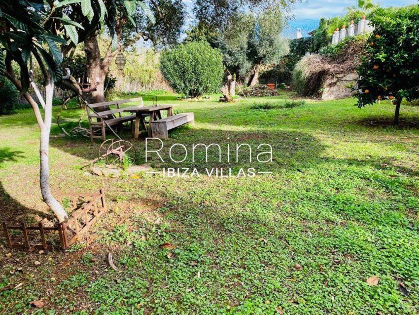 romina-ibiza-villas-rv-822-81-casita-flores-2garden4
