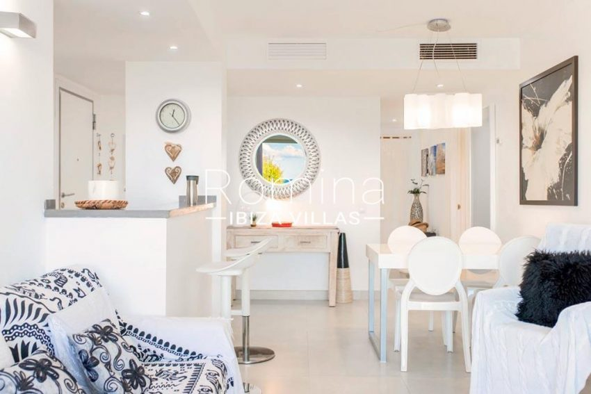 romina-ibiza-villas-rv-823-88-apto-sea-view-3living dining room kitchen