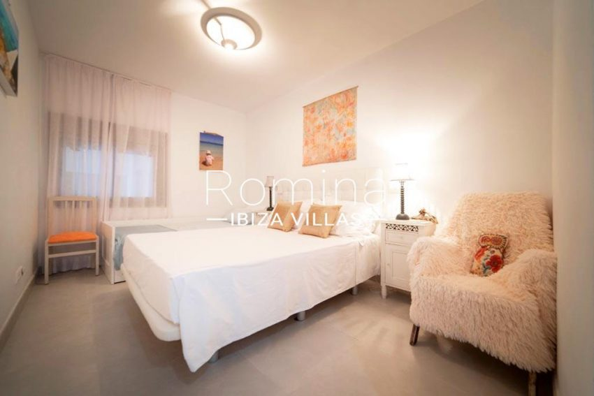 romina-ibiza-villas-rv-823-88-apto-sea-view-4bedroom