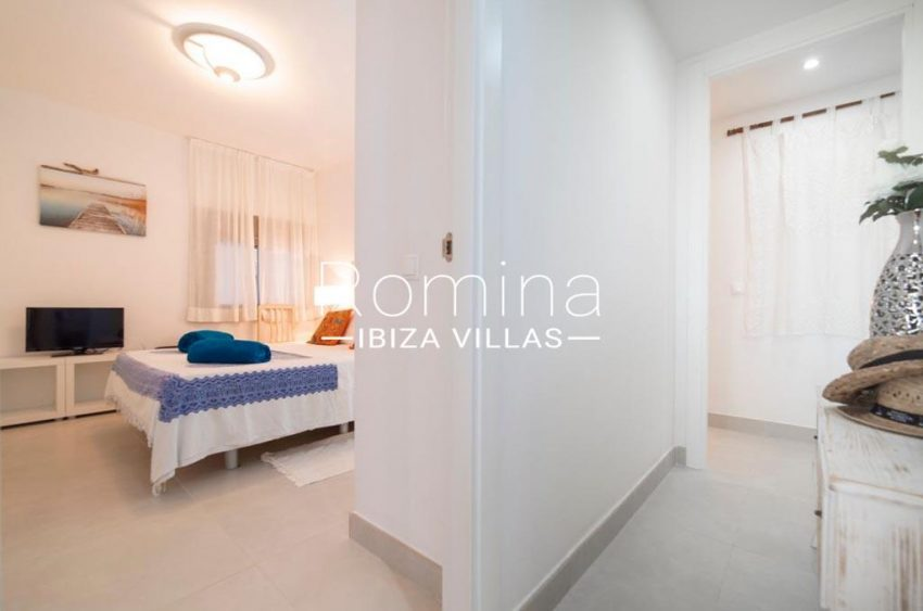 romina-ibiza-villas-rv-823-88-apto-sea-view-4bedroom2bis